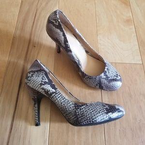 Jessica Simpson Heels Faux Snake Skin Pumps